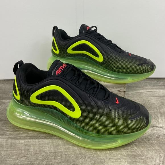 NWT Nike Air Max 720